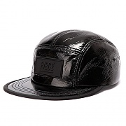 PIECE BOX GLOSSY CAMP CAP (BLACK)