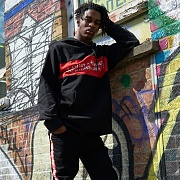 BASIC LOGO FLAG LOGO HOODIE-BLACK/RED