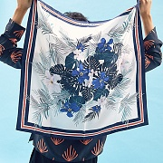 FLOWER PATTERN SILK SCARF(NAVY)