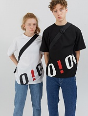 O!Oi BIG LOGO T-SHIRTS-BLACK