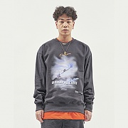 OBSERVATION SWEAT TOP CHARCOAL