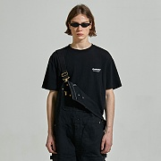 [ISV07] LOCATION LOGO SHORTSLEEVE IS [BLACK]