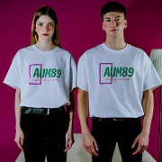 AUM89 SQUARE LOGO T-SHIRT (WHITE)