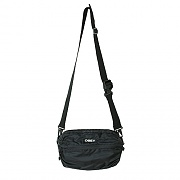 (100010125)COMMUTER TRAVELER BAG-BLK